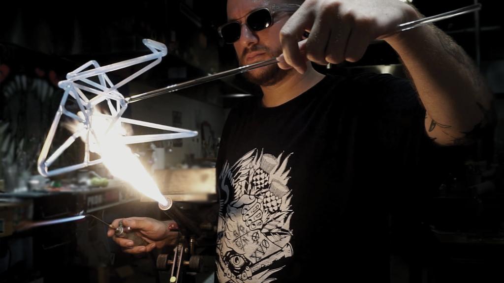 1000 Glass Cranes project video thumbnail