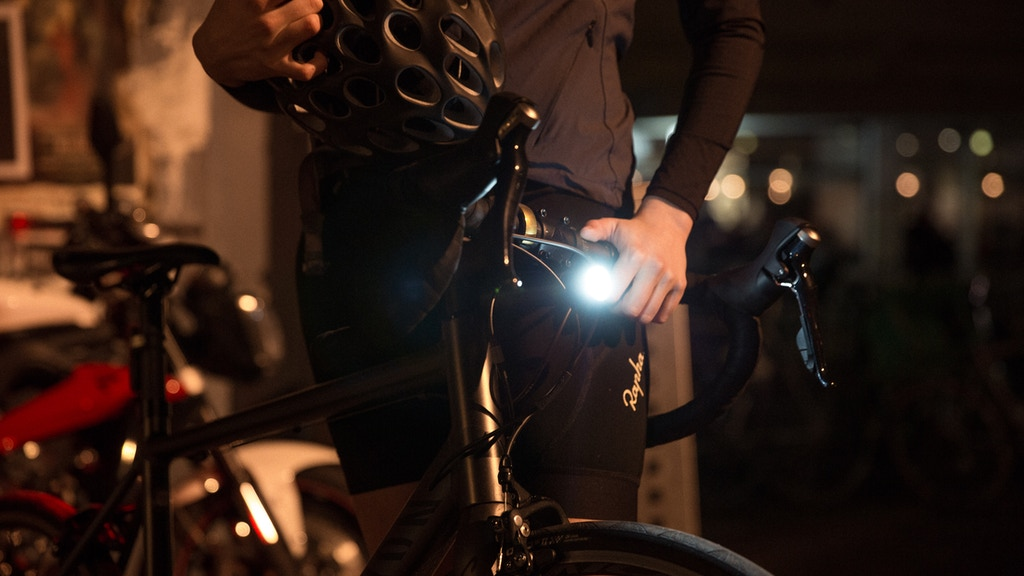 Project image for PWR™: a sleek cycling & outdoor product set using 1 battery (Canceled)