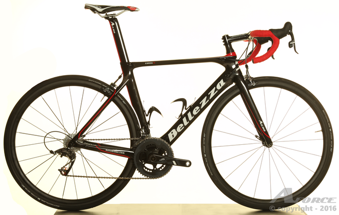 Incredibly good looking in both aero and lightweight bicycles