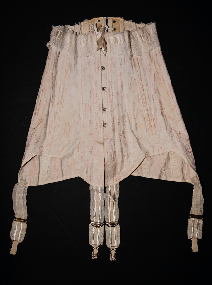 As lovely as flat lay photos can be, they don't tell a full story of any garment: how the fabric flows, how the garment fits. Mannequins will allow us to display the exhibits more accurately.  Edwardian corset, part of The Underpinnings Museum collection.