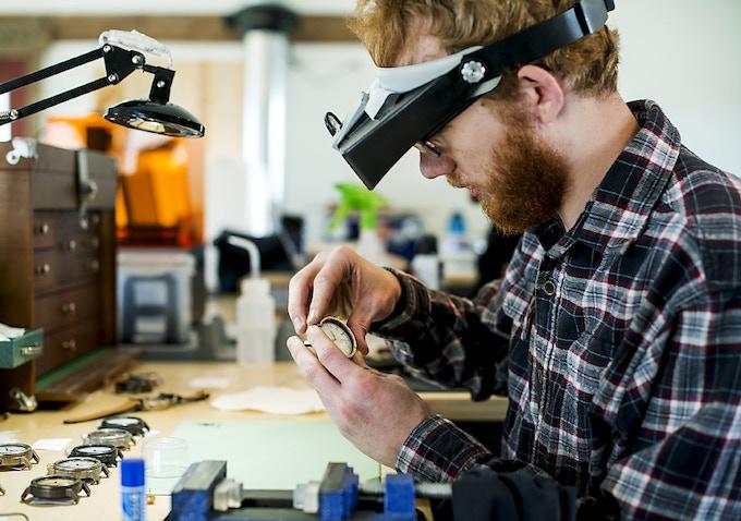 Assembling an American Artisan Series watch