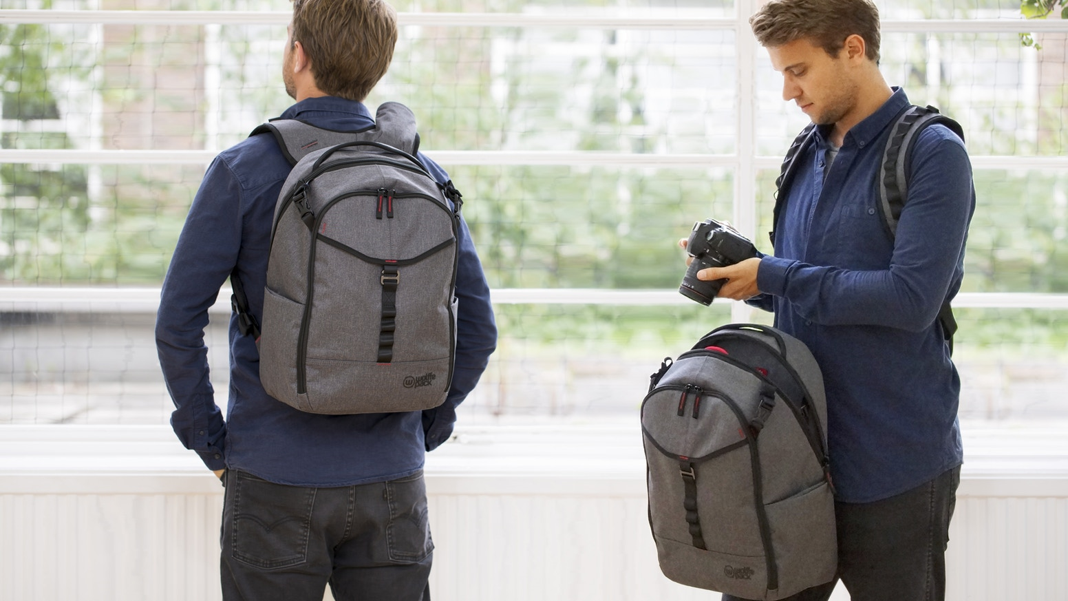 Wolffepack Capture is the ultimate backpack for cameras and all-round access. Swing your gear round to the front without unstrapping.