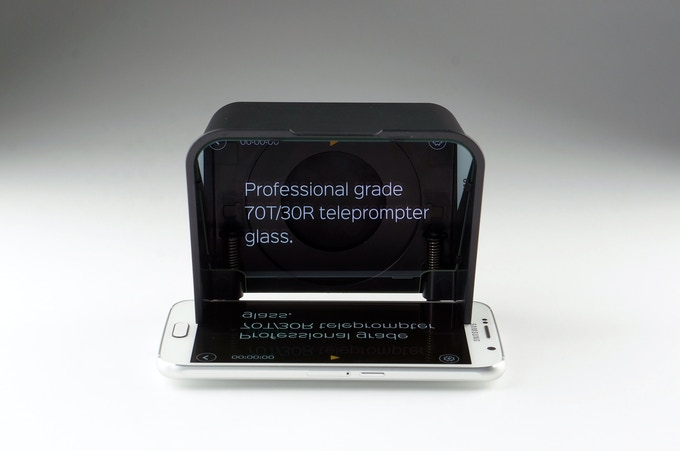 Parrot 2 | The most portable and affordable teleprompter! on