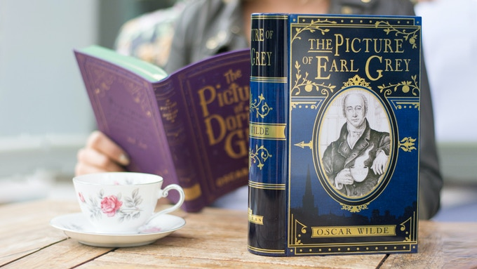 Original 'The Picture of Earl Grey' tea tin