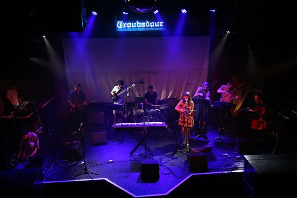 Abby Lyons group performing at The Troubadour