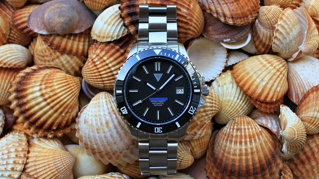 Vertigo Diver Two - The Affordable and Elegant Diver Watch! project video thumbnail