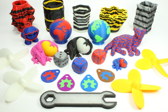 Multi-Color and Multi-Material Objects.