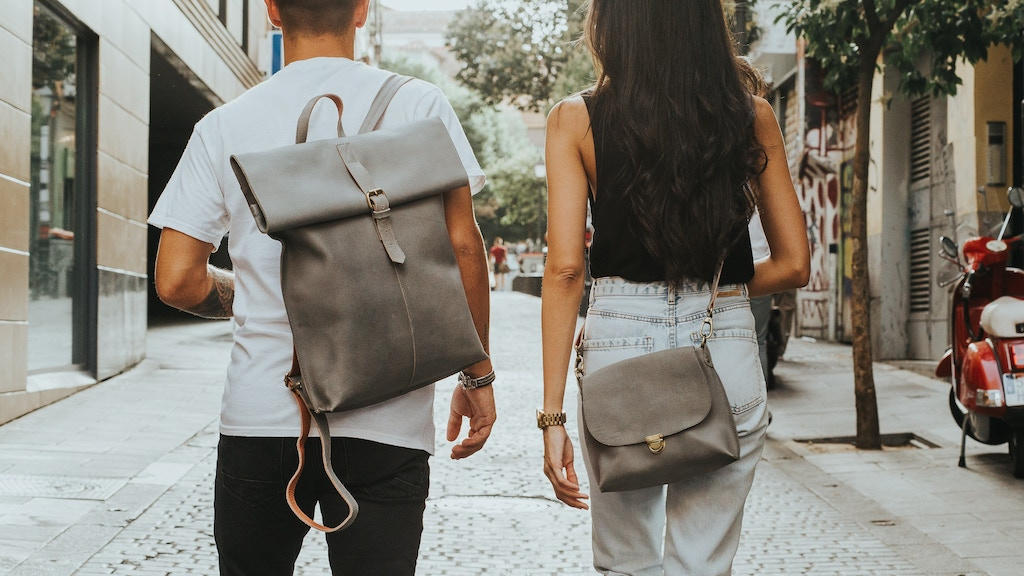 Laauw | Dutch Leather Bags project video thumbnail