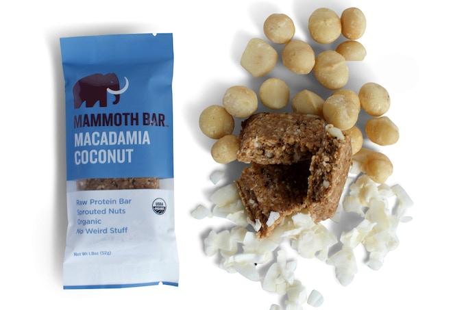 Ingredients: Macadamias, Coconut Flakes, Dates, Egg White Protein, Chia Seeds, Cinnamon, Baobab Fruit, Vitamin E (Antioxidant), Sea Salt.