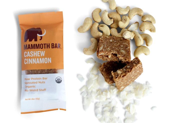 Ingredients: Cashews, Coconut Flakes, Dates, Egg White Protein, Cinnamon, Baobab Fruit, Vitamin E (Antioxidant), Sea Salt.