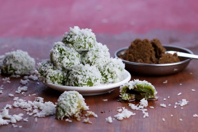 Ondeh-Ondeh: chewy, gooey, sweet dumplings