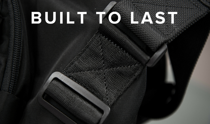 Reinforced stitching, high quality zippers, materials and components make the 7ven Messenger exceptionally durable.