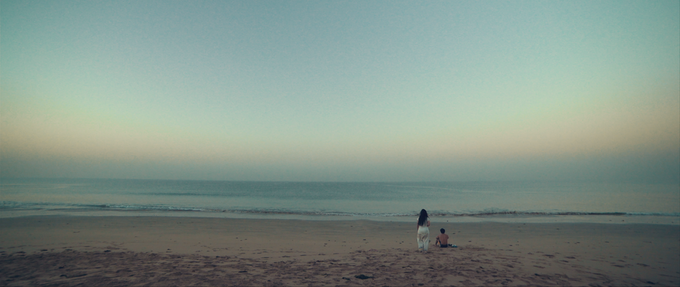 Maryam approaches Tahir at sunrise, thanking him for his invaluable help.