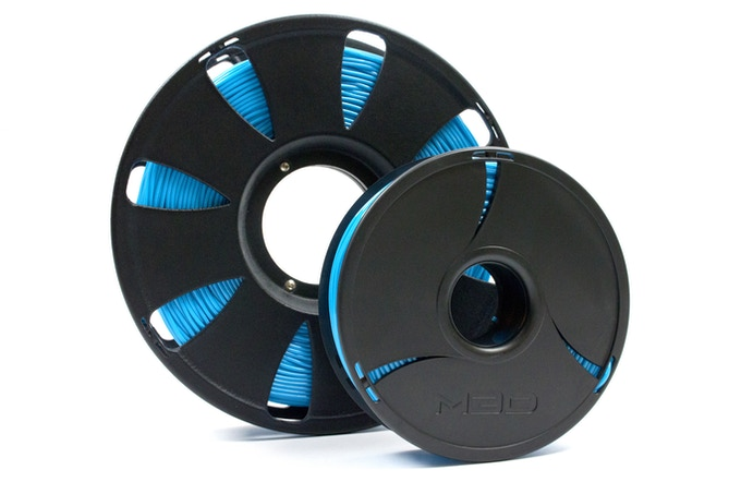 Pro (500 ft/1 LB) and Micro (250 ft/0.5 LB) spool sizes