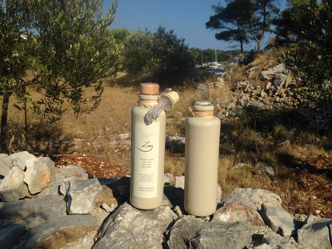 Our 200ml UV-proof Stoneware Bottle in its natural habitat