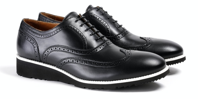 Men's Black & White Wingtip