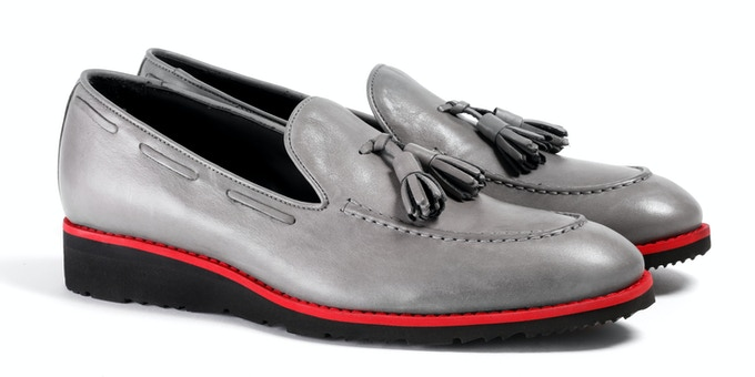 Men's Grey & Red Loafer