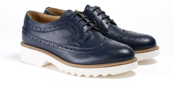 Women's Navy Wingtip