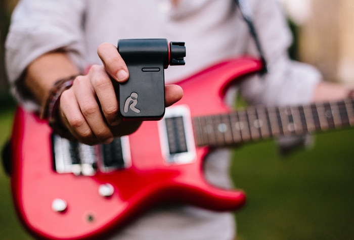 Roadie helps you tune your guitar quickly and accurately, switch tuning in seconds or create your own custom tuning.