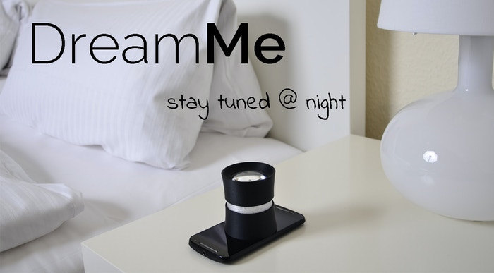 DreamMe allows you to see the time and a lot of other information from your smartphone right on the ceiling of your sleeping room.