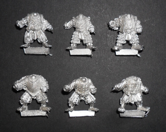 Goblin / Halfling bodies 'at ease'
