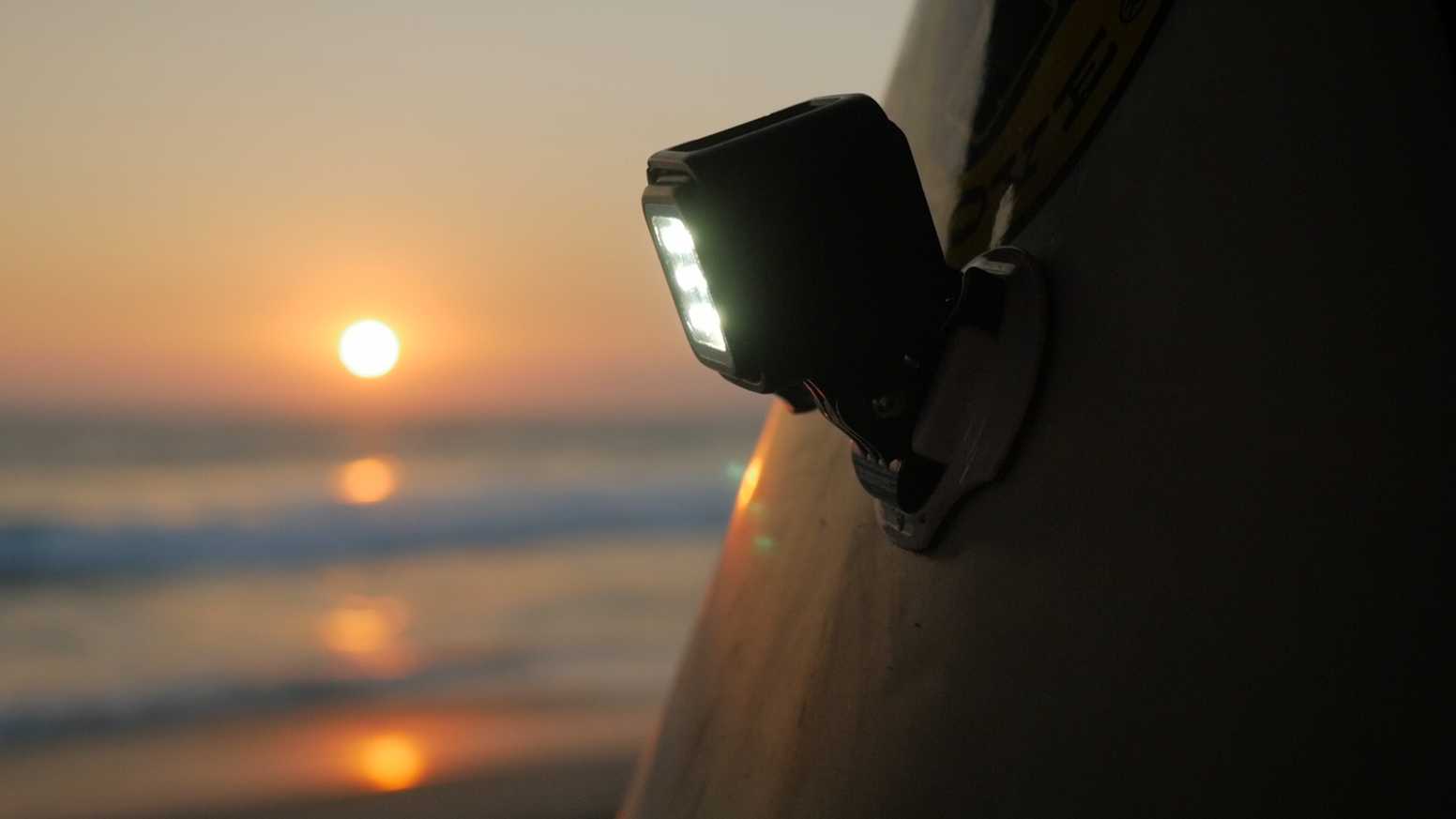 Led night light kickstarter - Litratorch World S Most Versatile Adventure Led Light For Pro Photo Video Underwater