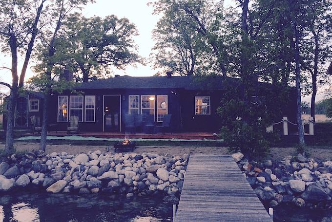 Knotty Nook Lake House (Silver Lake, MN)