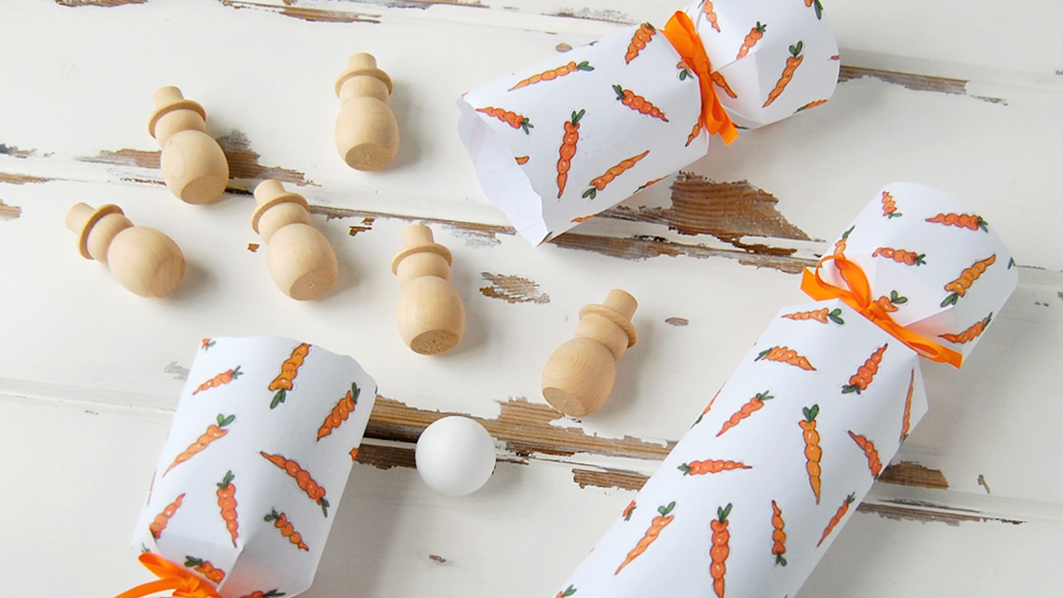 Clara Macy Sprouts Carrots Snowmen Christmas Crackers By