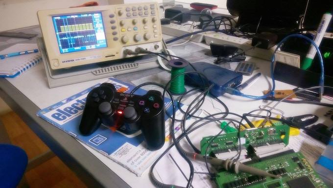 PlayStation2 gamepad testing