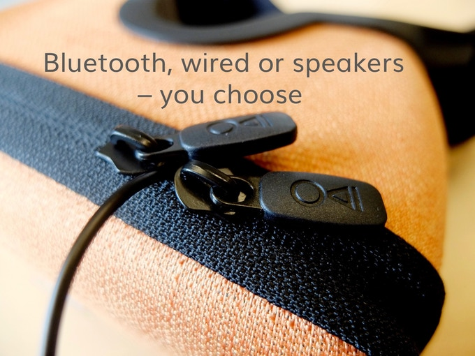 Our double zippers with a soft protective lining gives you the option to let out the cables of your AUX-headphones or your charger anywhere. Otherwise you can use bluetooth headsets or just use the chamber of the MovieMask as an amplifier of the speakers!