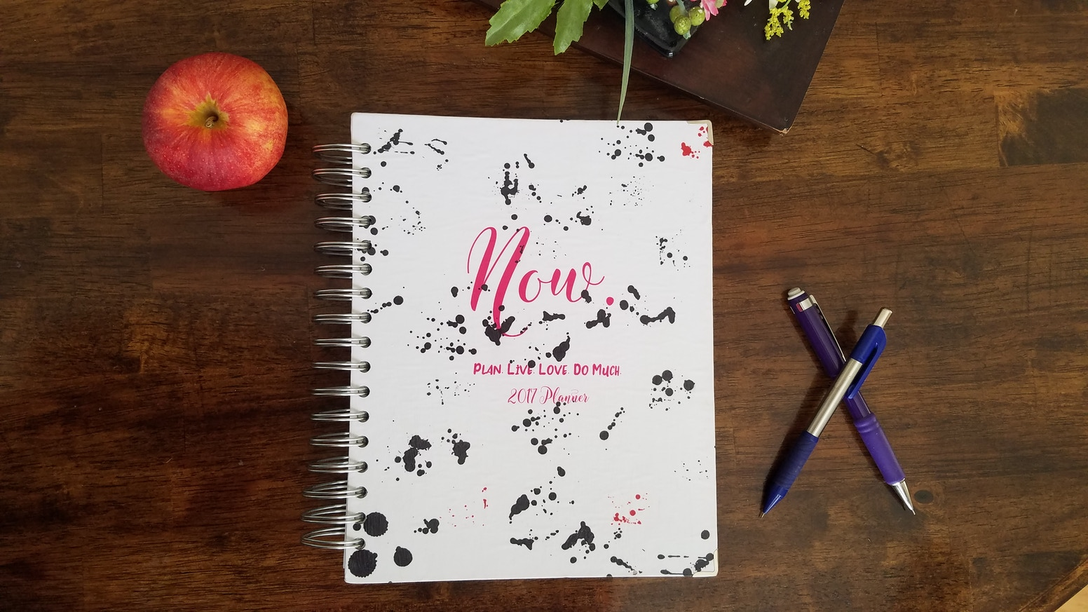 So you can live life now instead of getting caught up in drudgery and forgetfulness. A planner that makes goals and daily life happen.
