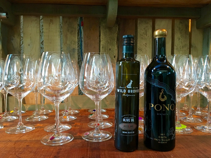 Ascolano EVOO paired with Pono Wine