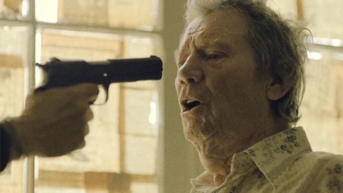 Michael Parks as Chet Fuller