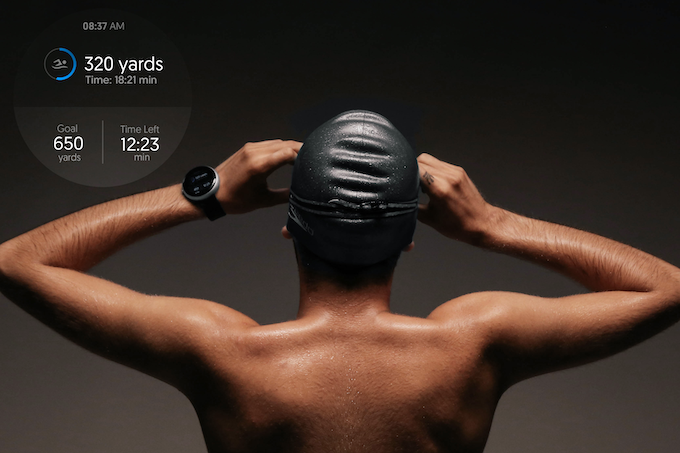 Dagadam watch is certified with IP67, which makes it water resistant! Therefore it is a perfect tool for swimmers. They have the opportunity to quantify their performance through detailed and accurate graphics.
