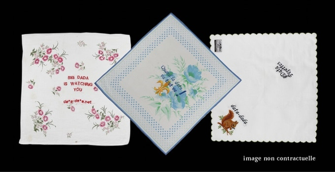 """One embroidered handkerchief """"La Data c'est GAFA"""" or """"Quand la Data va, tout va"""", ... contribution 10 euros or more"""