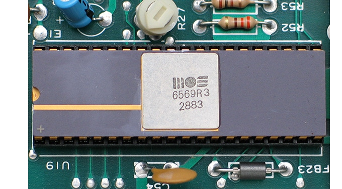 the c64 MOS6569R3 chip