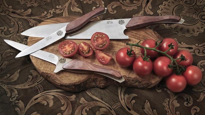 crucial the heirloom chef knife set knife holder by philippe schlesser kickstarter. Black Bedroom Furniture Sets. Home Design Ideas