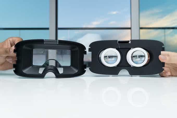 2D & 3D lens adaptors