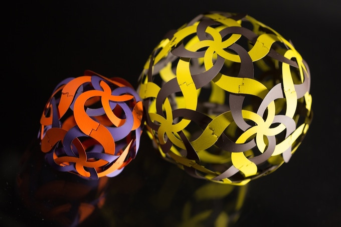 Woven curvahedra discovered by Andrea Hawksley