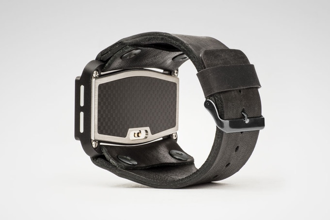 Gullfire Edition with black leather strap and matte black accents.