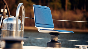 The Tides Winch Seat