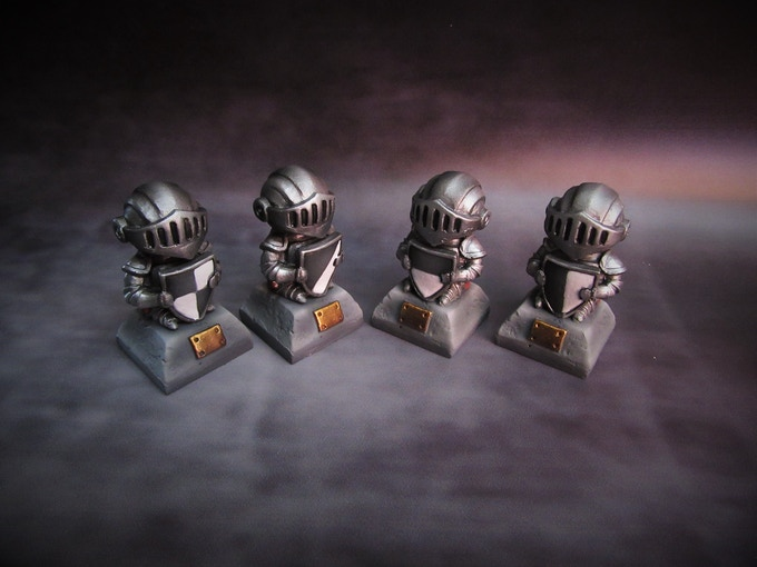 4 Knight statues (Supplied unpainted) 160g