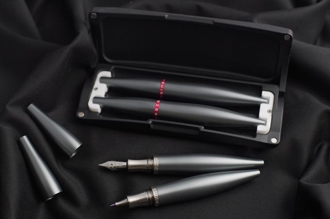 Stylos Grey Hybrid Titanium/Aluminium with Capsule Case