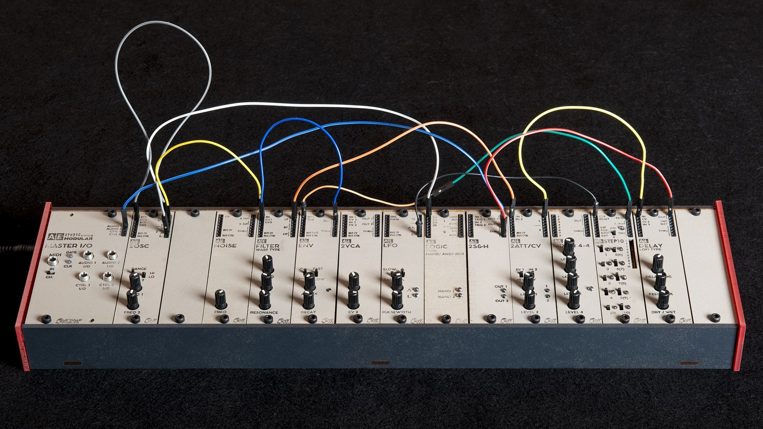 A true analog modular synthesizer - small in size, small in price,  big in sound