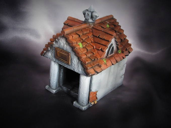 Crypt has removable roof so you can take the battle indoors (Supplied unpainted) 440g