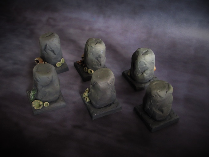 Cavern pillars (Supplied unpainted) 240g