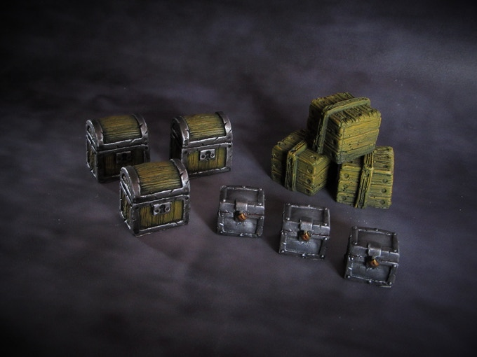 Assorted treasure chests (supplied unpainted) 100g