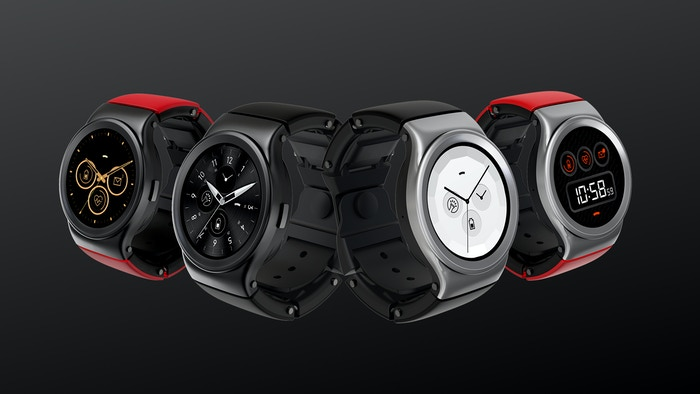 The strap is made of several modules, each with their own function. Choose the modules you want to build a smartwatch unique to you.