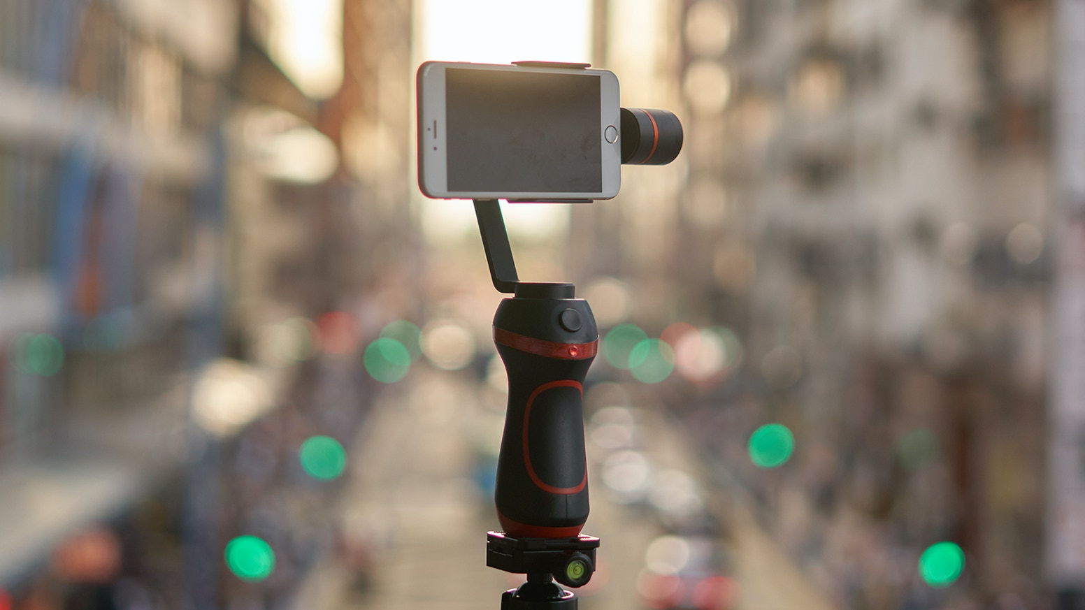 A premium, easy to use and affordable phone stabilizer that allows everyone to be a professional filmmaker.