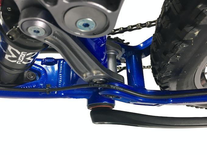 External brake line routing